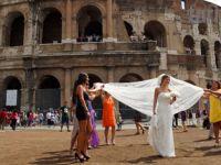 Ülke Gündemi Yordu, Gelinler Rotayı Roma'ya Çevirdi!