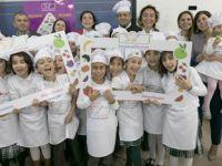 Minik şefler, Dünya Şefler Günü'nde mutfağa girdi