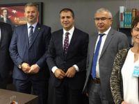 TBMM de İstanbul birinci bölge milletvekilleriyle görüştü