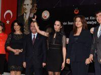 Akra Hotel'den Kadına Müzelik Destek