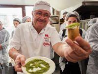 Nadir Güllü dünyaca ünlü Michelin Yıldızlı Şefleri Karaköy Güllüoğlu'nda ağırladı