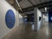"""Elgiz Müzesi süreli sergi alanında """"Aslında"""" isimli yeni koleksiyon seçkisine yer veriyor!"""