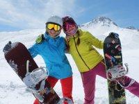 """""""FORD Snowboard Dünya Kupası"""" için Erciyes'te geri sayım başladı!"""