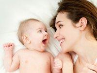 Anne adaylarına Hamilelik Öncesi 10 Öneri sunuldu