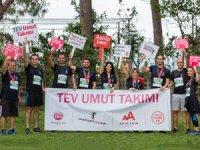 """Runatolia Maratonu'nda Port Akdeniz Limanı ekibi """"umut"""" için koşarak TEV'i destekledi"""