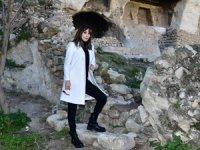 Funda Arar bir çok medeniyete ev sahipliği yapmış Tarihi Kent Hasankeyf'e hayran kaldı