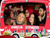 Ücretsiz olarak 15 ülke, 24 şehir gezmek isteyen 26 bin genç, Gençlik Otobüsü projesine başvurdu