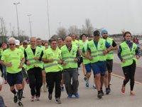 FBSYD üyeleri sağlık için Bostancı Sahili'nde koştu