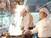 Aşçı adayı Cihan BEYLEN, dünyaca ünlü 3 Michelin Yıldızlı Executive Şefi Massimo Bottura'nın yanında 6 ay staj yapacak
