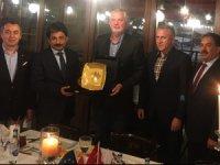Macar delegasyonu,Üsküdar'da Fahri Konsolos Osman Şahbaz'ın misafiri oldu