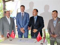Türkiye ve Letonya iki ülke arasında karşılıklı turist akışı artacak
