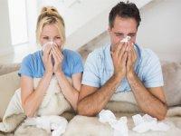 """Sıcacık yaz günlerinde """"grip mi olunur"""" demeyin"""