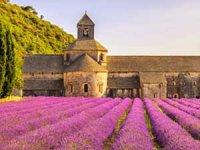 Güney Fransa'nın Provence Köyleri, tatilsepeti ile keşfedilmeye hazır
