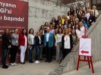 Yönetim Kurulunda Kadın Derneği de kadınları yönetim kuruluna hazırlamak için çalışıyor