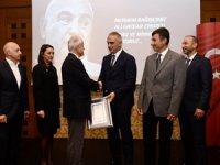 Türk Eğitim Vakfı Merhum İş Adamı Ali Haydar Ersoy'un Anlamlı Bağışına İstinaden Ailesine Teşekkürlerini Sundu