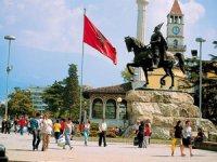 Vizesiz Balkan Ülkeleri İçin Gezi Planını Busa TOUR ile yapın
