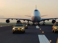 """""""City of Bangkok"""" isimli Boeing 747-400 tipi uçak, Village Otel'in bahçesine yerleştirilecek"""