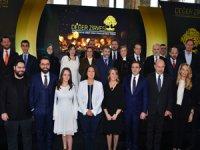 Değer Zirvesi ve Türkiye'ye Değer Katan Markalar Ödül Töreni'nde ödüllerini aldı