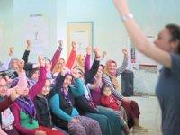 TİKAV ile Akfen Yenilenebilir Enerji'den 17 kırsal bölgeden 1500 kadına sağlık eğitimi