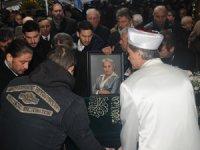 Nazire Dedeman Çağatay'a Tarabya Ferahevler Dedeman Camii'nde cenaze töreni düzenlendi