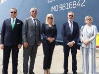 U.N. Ro-Ro, DFDS markasına dönüşüm sürecini, ikinci dev gemisiyle taçlandırarak başlattı