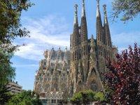Bitmeyen Kilise Sagrada Familia