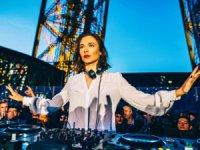 Nina Kraviz 'Burn Enerji İçeceği'nin katkılarıyla 6 Eylül Cuma gecesi İstanbul'da