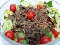 """Rejim yapan müşterileri için geliştirdi """"Dönerci Salatası"""" çok tuttu"""