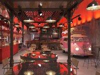 Narmanlı Han'da Sokak lezzetleri Food Hall çatısında bir araya getiriyor