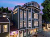'Curio Collection by Hilton' turizm sektörünün güçlü markası Dorak Holding ile Türkiye'de