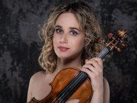İtalyan kemancı Anna Tifu, Tekfen Filarmoni'yle Şubat ayında Türkiye'de
