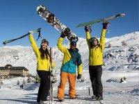Sirene Davras'ta kayak keyfi son hızla devam ediyor