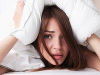 Uykusuzlukla Baş Etmenin 12 Etkili Yöntemi!
