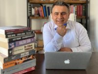 Mehmet Uluğtürkan'ın yeni romanı 'Kayıp Sancak' çıktı