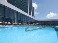 İstanbul'da Havuz Keyfinin Adresi Elite World Asia Hotel