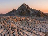 Azerbaycan'da farklı turizm rotası: Volkan çamurları