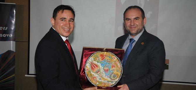 -emitt-hosted-buyer-gala-yemegi,-travelshop-turkey,-travelshop-turkey-genel-muduru-murtaza-kalender,-006.jpg