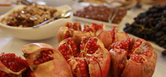 1.tarsus-gastronomi-ve-arastirma-gunleri,-st.-paul-kuyusu-meydani-005.jpg