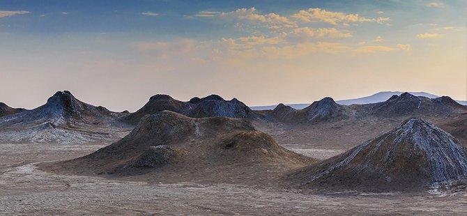 azerbaycan-volkan-camurlari.jpg