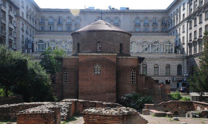 aziz-george-rotunda-kilisesi.jpg
