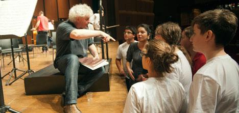 berlin-filarmoni-orkestrasi,sef-simon-rattle,1.jpg
