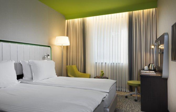 carlson-rezidor-hotel-group,park-inn-by-radisson,--002.jpg
