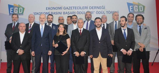 egd-ekonomi-gazetecileri-dernegi-baskani-celal-toprak-,egd-ekonomi-basini-basari-odulleri,.jpg