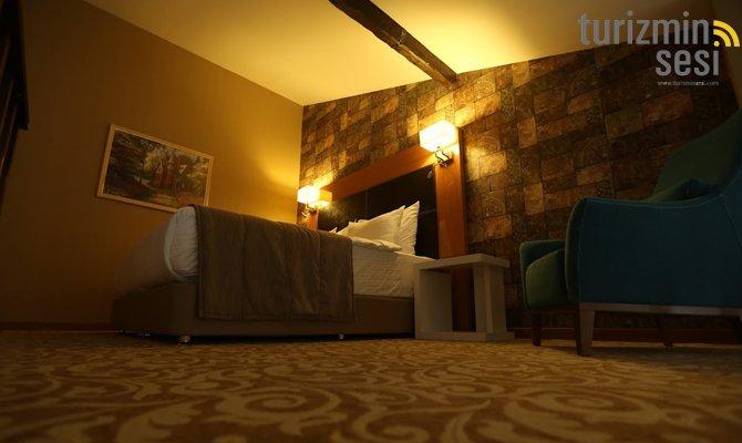el-garden-hotelismail-cosar-sezgin-kizilkus-masukiye-kartepe-sakarya-kartepede-kayak-cosar-turizm-seyahat-acentasi-el-garden-hotelde-tatillimousine-plus-005.jpg