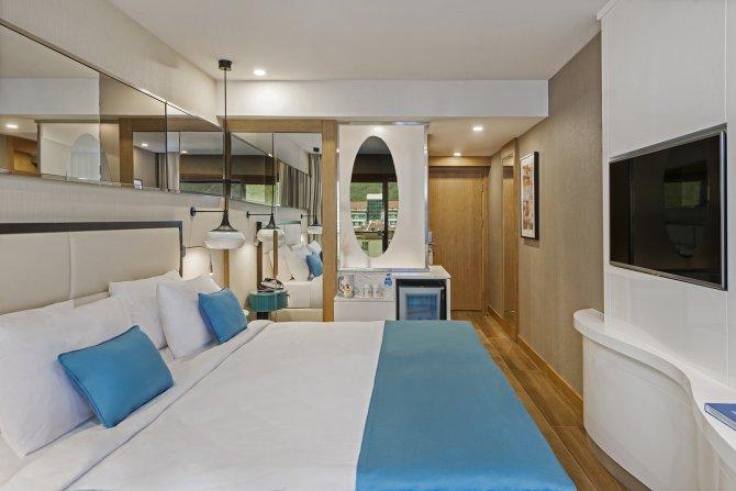 elite-world-hotels-004.jpg