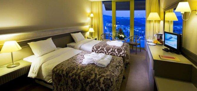 fantasia-de-luxe-hotel-002.jpg