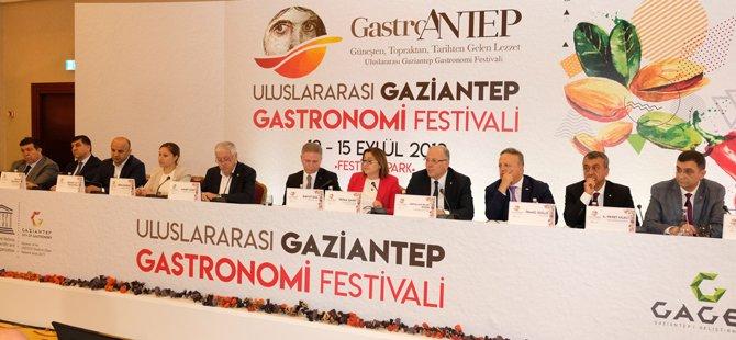 gastroantep-uluslararasi-gaziantep-gastronomi-festivali,gaziantep-buyuksehir-belediye-baskani-fatma-sahin,.jpg
