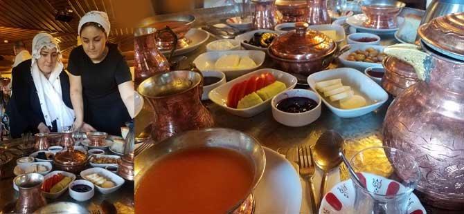 gastronomik-marka-kentler-calismasi,-gtd-gastronomi-turizmi-dernegi,gurkan-boztepe,-bursa-iskender,tursab-yk--uyesi-huseyin-kurt-001.jpg