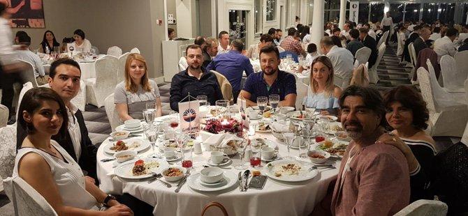 geleneksel-sunexpress-iftar-yemekleri-,sunexpress-genel-mudur-yardimcisi-ahmet-caliskan-001.jpg