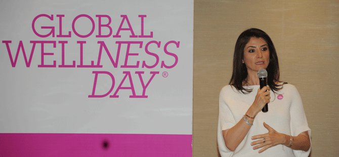 global-wellness-day-kurucusu-belgin-aksoy;global-wellness-day,oylum-talu,pinar-hotic,-aret-vartanyan,-sukran-guzelis,-ozlem-gusar,-evrim-akin,-ahsen-eroglu-ve-begum-karamahmutoglu,-004.png